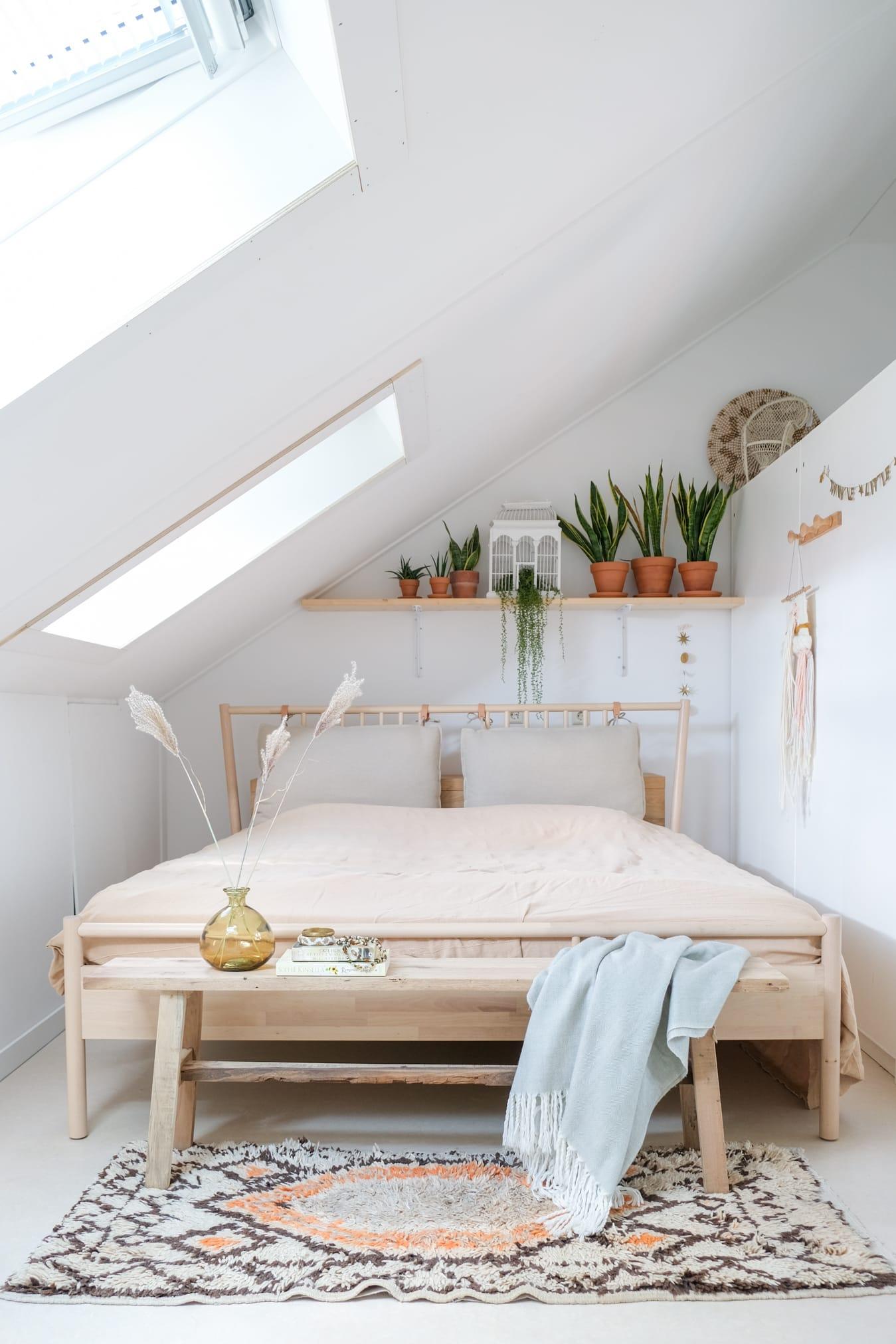 slaapkamer zolderruimte maken