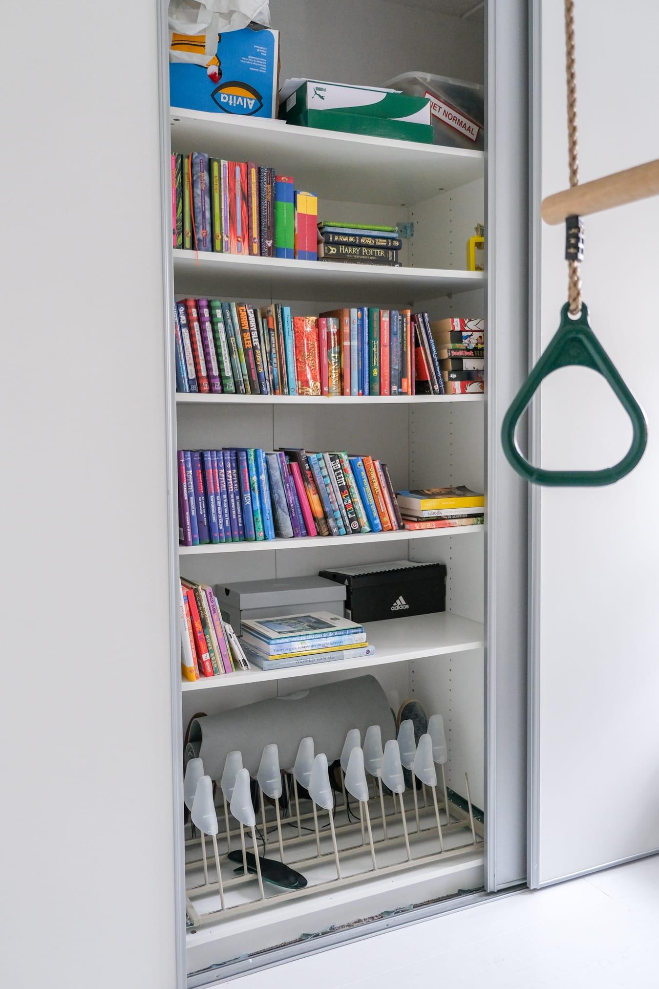 boekenkast kamer puber