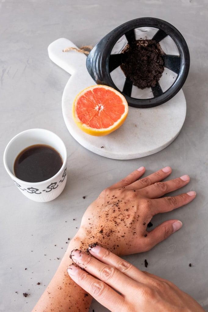 natuurlijke peeling maken koffieresten