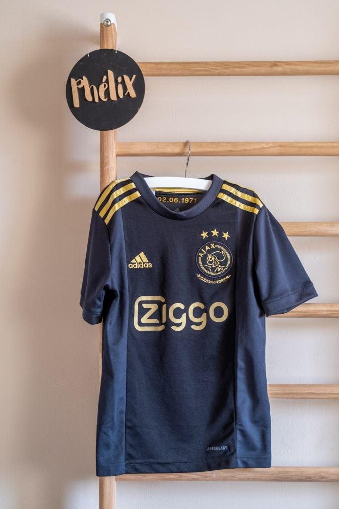 ajax voetbalshirt kinderkamer