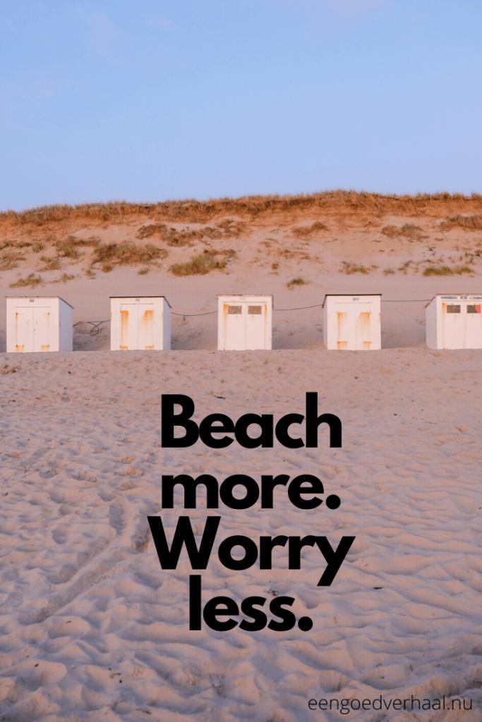 teksten over het strand